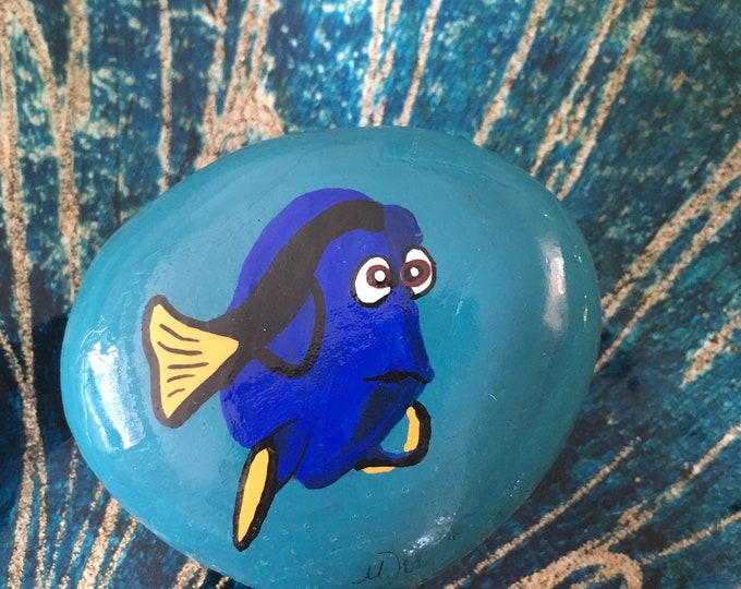 Painted rocks, hand painted rocks, hand painted stones, gifts under 50, finding dory, Disney rocks, Dory from Nemo, Dory, painted Dory