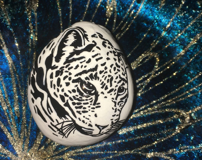 Hand painted leopard, gifts under 50, painted rocks