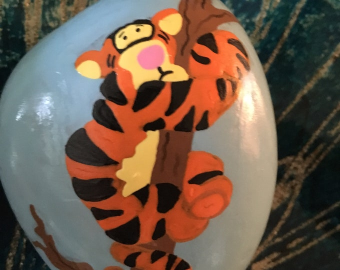 Painted rocks, painted pebbles, hand painted rocks, painted pebbles gifts under 50, Disney rocks, Winnie the Pooh, Tigger, Tigger rocks