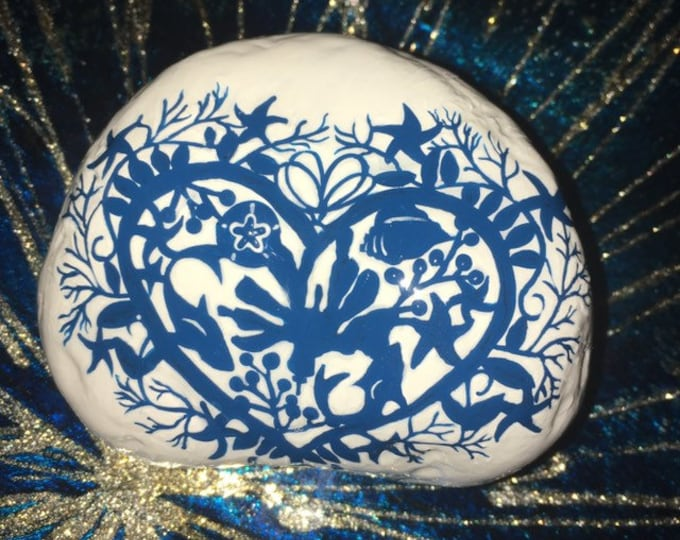 Hand painted beach decor, gifts under 50, painted rocks