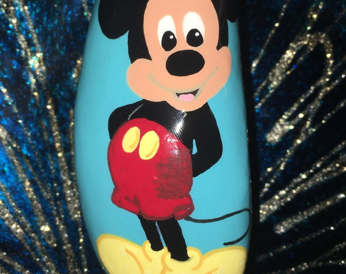Painted rocks, hand painted rocks, gifts under 50, Disney decor, Disney rocks, Mickey Mouse rocks, hand painted Mickey Mouse, rock art