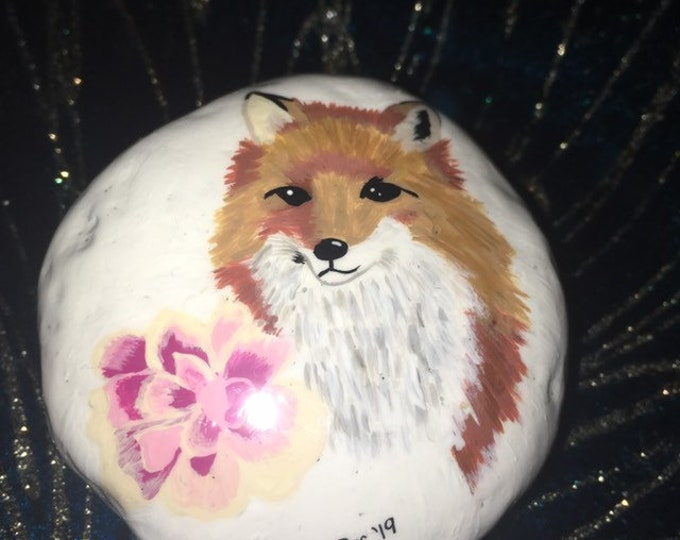 hand painted fox, Painted rocks , gifts under 50