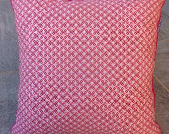 piped cushion 36 * 36 cm moti geometric pink
