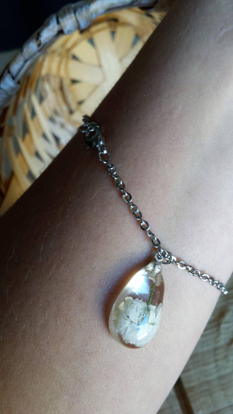 Small Teardrop White Flower Bracelet