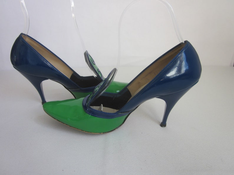 d1702f0b9b13b 1950s Green and Blue Patent Stiletto Heeled Pumps by