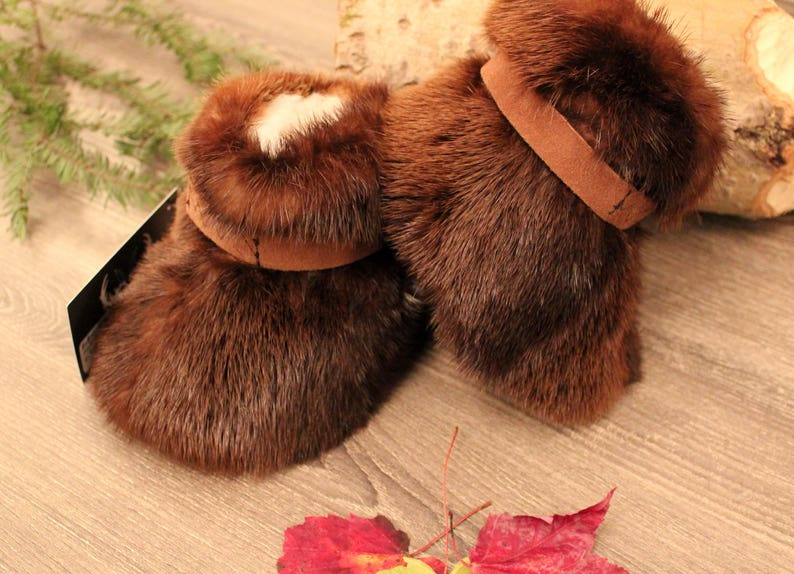 41ef9e79fcc5 Baby boots real beaver or otter fur slippers with wool wool