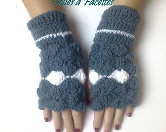 fingerless gloves long white and blue Mint crochet shells