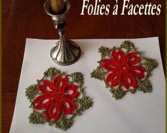 Bottom of crocheted: Christmas poinsettia