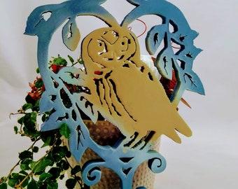an hanging owl