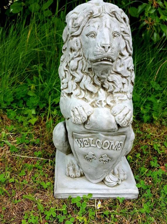 LION STATUE Highly Detailed Stone Garden Onament Decor