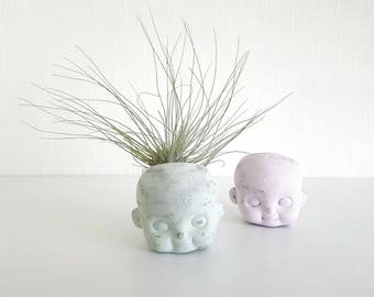 Distressed Doll Head air plant planter
