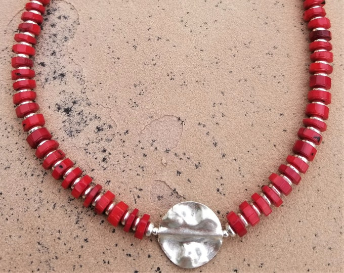 "18"" Red Coral Choker"