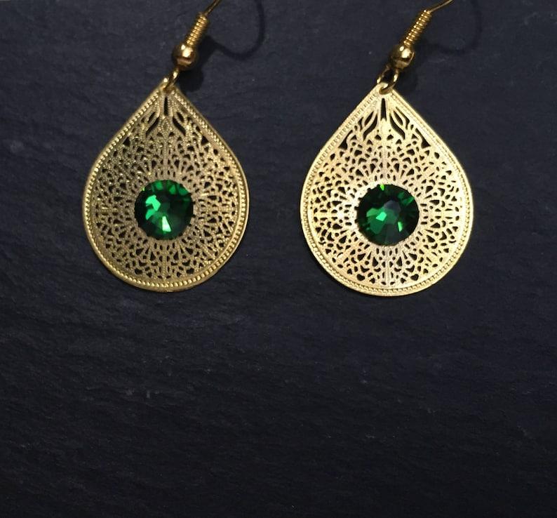 331386e174b7 Pendientes gota con marca de agua Esmeraldas oro verde