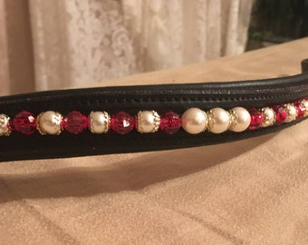 Pearl and red browband string