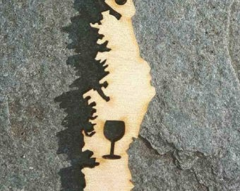 Vancouver Island with Wine Glass Keychain