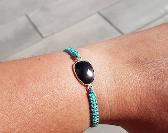 MACRAME - Macrame Bracelet green turquoise with a thin black strapping onyx stone silver