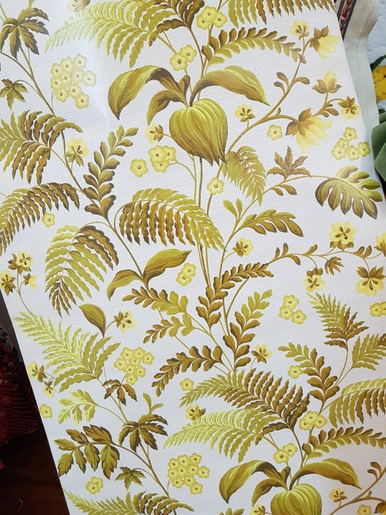 Vintage Wallpaper Retro Yellow And Green Floral Design Etsy