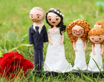 Cake topper with family portrait