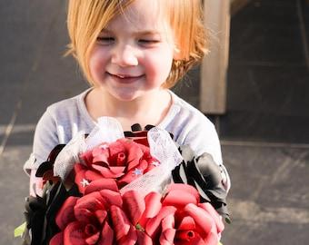 Bouquet fleurs papier fleur papier rose rouge noir mariage pliage origami