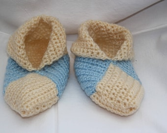 light blue wool slippers and yellow crocheted pale size 34-35