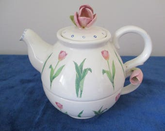 Vintage Pottery Tea-For-One Set decorated with Tulips in Pinks and Greens - signed Khim