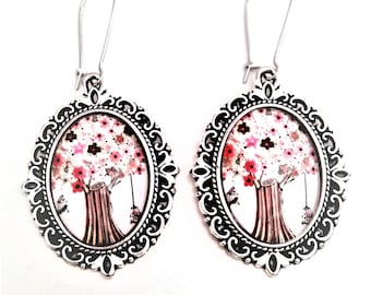 illustrated tree cabochon earrings