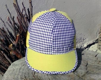 Baby hat blue and yellow  with button