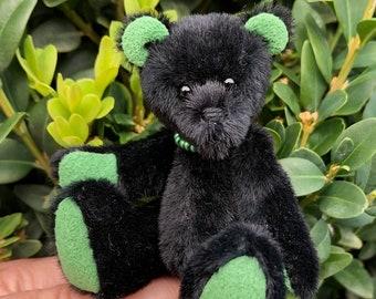 Emmie   Collectible teddy bear   Artist teddy bear   Miniature teddy bear
