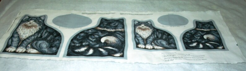 Nostalgia Mama Cat and Two Kittens Fabric Craft Panel Stuffed Toy Sewing Project