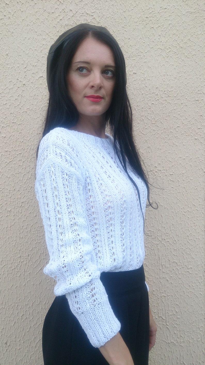 dfe052155e3f7 Coton à la main en tricot pull pour femme dentelle blanche | Etsy