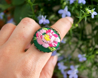 handmade embroidery floral bouquet rose antique bronze adjustable ring personalized custom fabric jewelry accessory artistic unique vintage