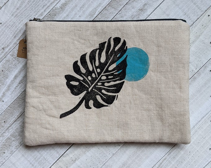 New Moon Monstera Large Flat Zip Pouch - Natural
