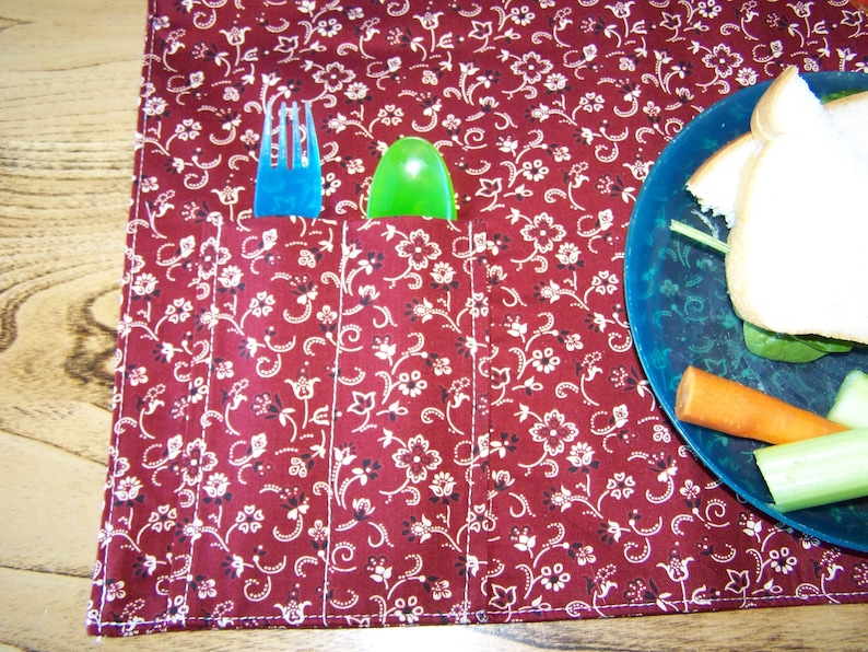 Placemat with silverware Pocket
