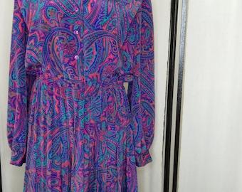 Vintage dress/ Lady Carol Of New York/ Paisley Dress/ Pleated/ Plus Size / Size 16