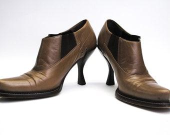 55443d43ec8 90s Prada shoes