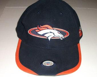 bc402edc86c Denver Broncos NFL PRO LINE Strapback Hat