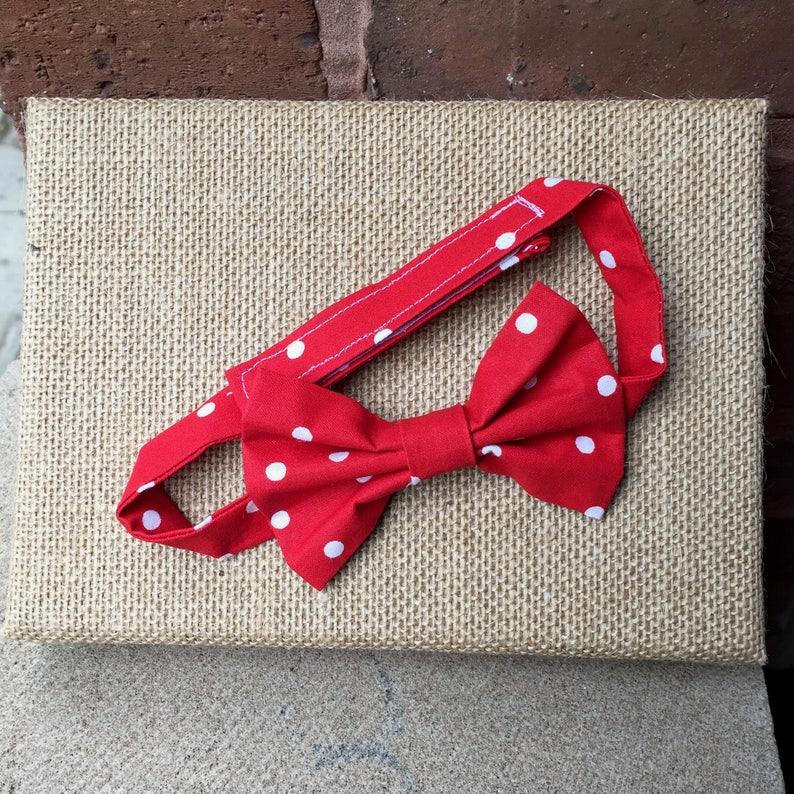 Children/'s Red Dot Bow Tie