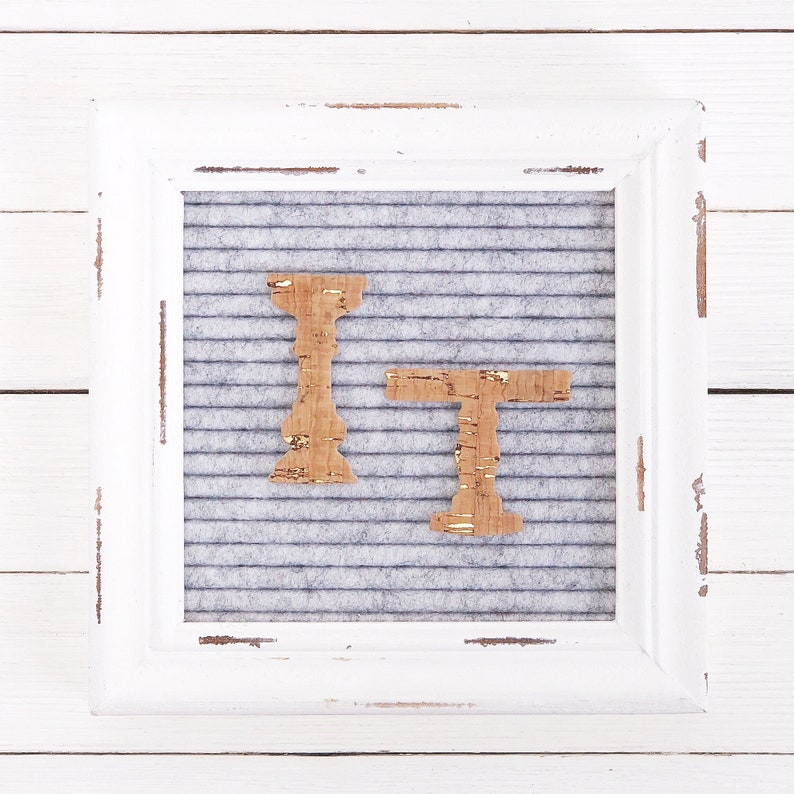 Gold Risers/Pedestals Letter Board Icon and Accessory image 0