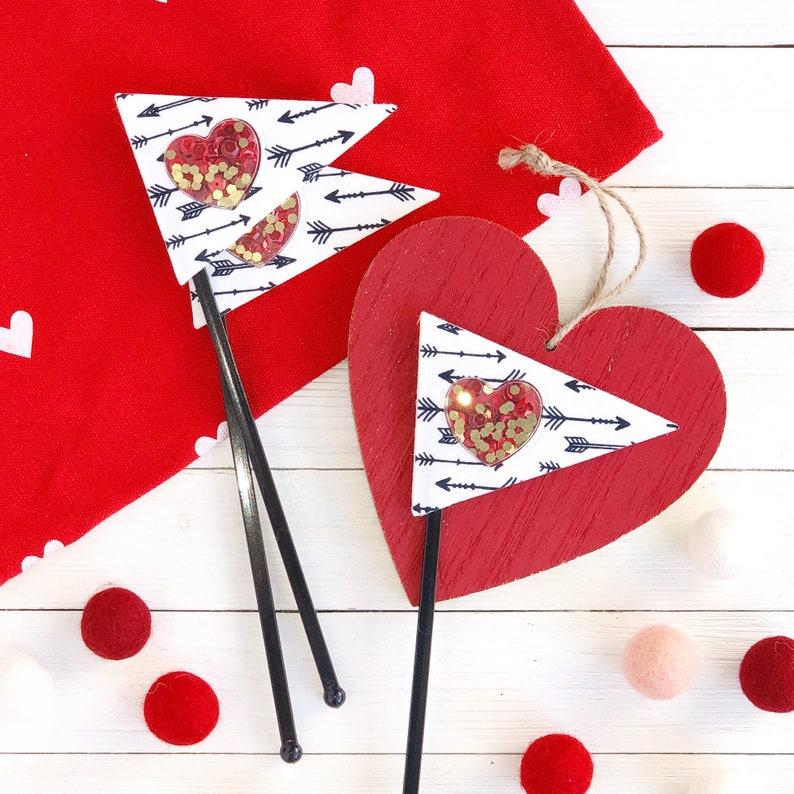 Shaker Heart and Arrows Decor Pick image 0