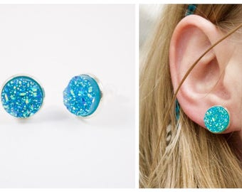 Studs, Stud Earrings green copper lead and Nikel bubbly woman, boho trend
