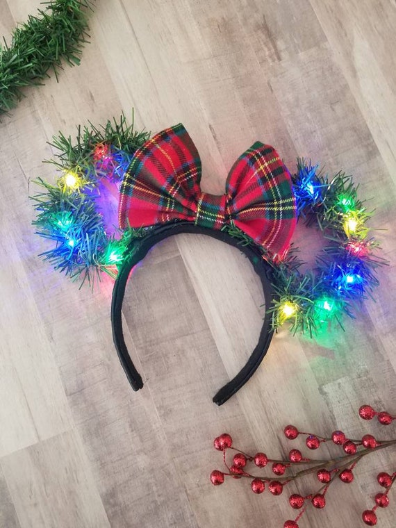 Christmas Light Up Wreath Minnie Mouse Ears Christmas Minnie Etsy