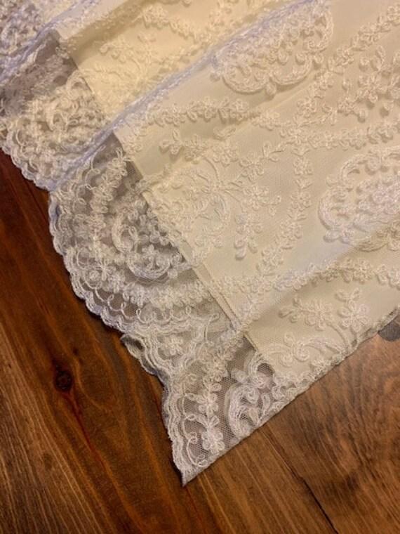 Early 1900s Style Ivory Wedding Dress - image 5