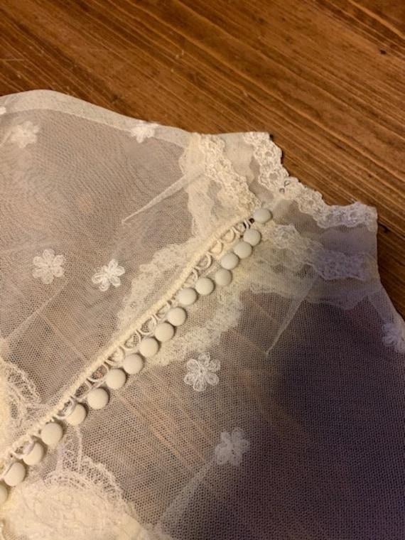 Early 1900s Style Ivory Wedding Dress - image 7