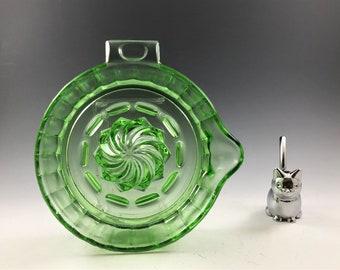 Uranium Glass Reamer - Green Depression Glass Juicer - Tab Handle Citrus Fruit Grinder Pulp Catcher Juice Maker