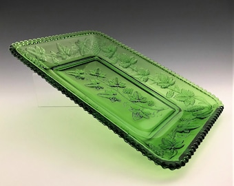 Antique US Glass Emerald Green Bread Plate - No. 15059 California Pattern (OMN)- Beaded Grape - Circa 1899
