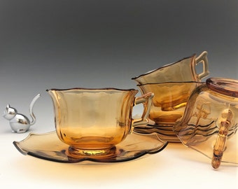 Cambridge Decagon - Set of 4 Amber Cups and Saucers - 8 Pieces