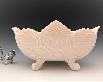 Jeannette Shell Pink Lombardi Console Bowl - 4 Toed Footed Bowl - Centerpiece Bowl
