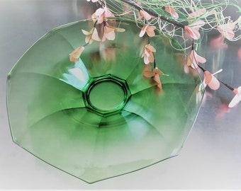 Green Depression Glass Centerpiece - Heisey Rolled Edge Bowl - Flat Paneled Octagon Green Pattern - Circa 1924-33