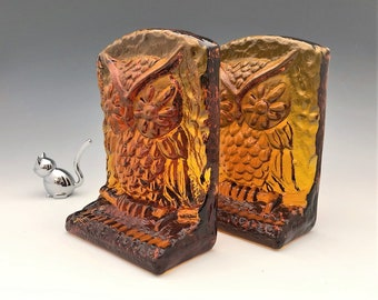 L.E. Smith Amber Glass Owl Bookends (6672) - Set of Two Heavy Glass Book Holders