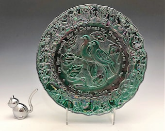 Imperial Glass Iridescent Christmas Plate - Two Turtle Doves - 12 Days of Christmas - Green Carnival Glass Plate